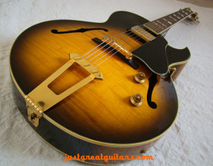 Vintage Guitars Buyer's Guide,
